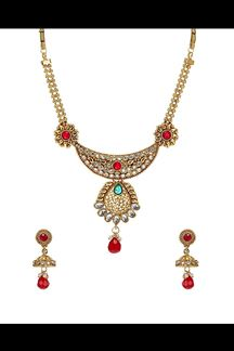 Picture of Attractive necklace set in maroon & green stones