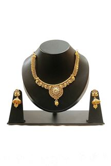 Picture of Occasion worthy gold plated necklace set